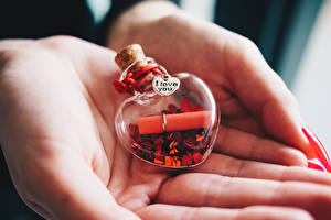 Фотография День всех влюблённых Вблизи Рука Слова Английская Сердечко