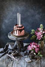 Картинки Торты Свечи Шоколад Натюрморт Альстрёмерия Доски Дизайн Еда Цветы