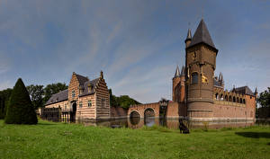 Фотографии Замок Голландия Траве Heeswijk castle, North Brabant