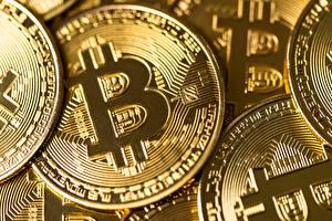 Фотография Вблизи Монеты Bitcoin Золотые
