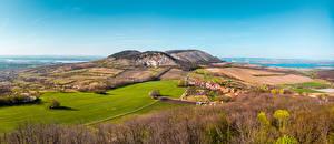 Фотографии Чехия Поля Леса Холм Pálava Hills, Moravia Природа