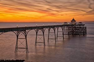 Картинка Англия Вечер Берег Пирсы Clevedon Pier, Somerset Природа