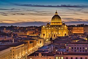 Обои для рабочего стола Вечер Дома Италия Рим St. Peter's Basilica Города