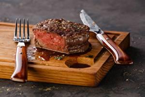 Фото Мясные продукты Нож Разделочной доске Вилки