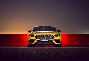 Фотография Мерседес бенц Спереди Желтый AMG A 45 S 4MATIC Автомобили