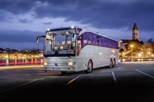 Фотографии Mercedes-Benz Автобус Вечер Серебристый Tourismo Автомобили