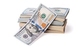 Фотография Деньги Доллары Банкноты Белом фоне 100
