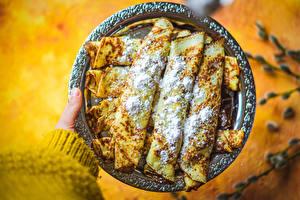 Картинка Блины Сахарная пудра Тарелка Пища