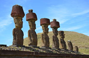 Фотографии Скульптура Из камня Moai, Easter island Природа
