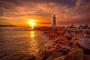 Обои для рабочего стола Рассвет и закат Маяк Камень Побережье Солнца Santa Cruz, Monterey Bay, Walton Lighthouse Природа