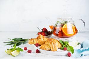 Обои Чай Круассан Апельсин Лайм Натюрморт Чайник