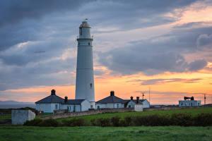 Картинки Великобритания Вечер Маяк Уэльс Nash point lighthouse Природа