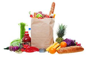 Картинка Овощи Фрукты Хлеб Апельсин Лук репчатый Перец овощной Белом фоне Бумажный пакет Бутылки Покупка