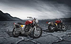 Картинка Две 2015-20 SWM Silver Vase 440 мотоцикл