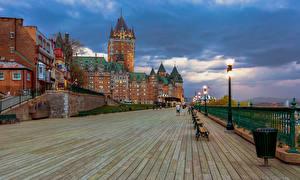 Обои для рабочего стола Канада Квебек Здания Вечер Уличные фонари Гостиницы Chateau Frontenac город