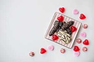 Обои Конфеты Сером фоне Сердце Шаблон поздравительной открытки Пища