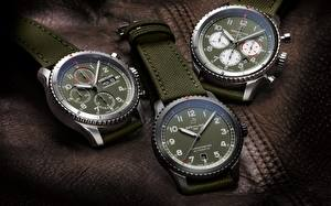 Картинки Часы Наручные часы Втроем Swiss Luxury, Breitling Aviator 8 Curtiss Warhawk collection, Aviator 8 Automatic 41 Curtiss Warhawk, Aviator 8 Chronograph 43 Curtiss Warhawk