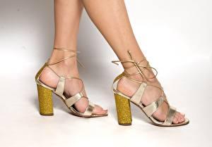 Картинка Вблизи Ноги Туфли молодые женщины