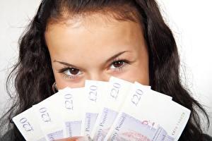 Картинка Глаза Деньги Банкноты Взгляд Брюнетки девушка