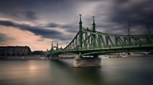 Обои для рабочего стола Венгрия Будапешт Реки Мост Freedom Bridge Города