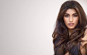 Фотографии Индийские Волос Лицо Смотрит Серый фон Rakshitha Знаменитости Девушки
