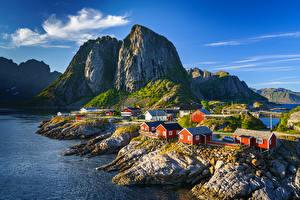Фотография Норвегия Гора Лофотенские острова Здания Утес Hamnøy, Moskenesøya Природа