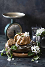 Картинки Кекс Сахарная глазурь Натюрморт Еда