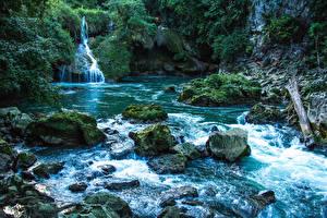 Картинка Реки Водопады Камни Скала Мхом Cahabón River Guatemala Природа