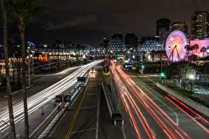 Картинки Штаты Здания Дороги Калифорнии Ночные Уличные фонари Long Beach город