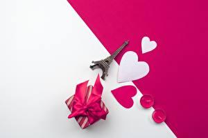 Фотография День всех влюблённых Сердечко Подарок Эйфелева башня Сувениры