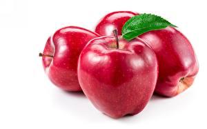 Картинки Яблоки Крупным планом Красная Белый фон Продукты питания