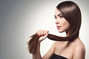 Картинки Шатенка Модель Красивый Косметика на лице Волосы Девушки