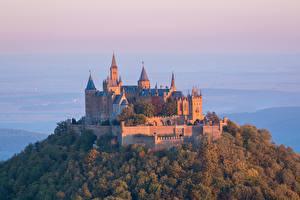 Картинки Замок Германия Холм Hohenzollern Castle, Baden-Württemberg город