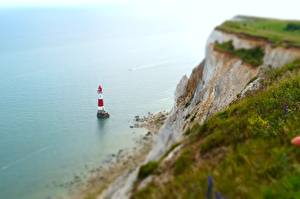 Фото Побережье Маяк Англия Скалы English Channel, East Sussex, Beachy Head Lighthouse Природа