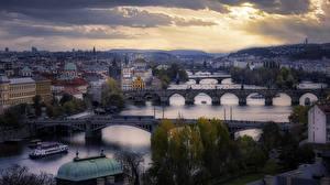 Фотографии Чехия Прага Речка Мост Здания город