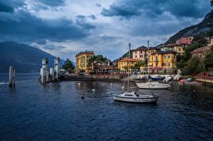 Картинка Италия Море Дома Лодки Горы Облака Набережной Lombardy, Varenna Природа