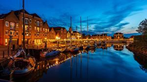 Картинки Нидерланды Лодки В ночи Набережная Водный канал Willemstad, Curacao город