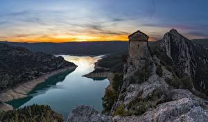Обои Испания Горы Вечер Церковь Река Утес Mare de Deu de la Pertusa, Catalonia Природа
