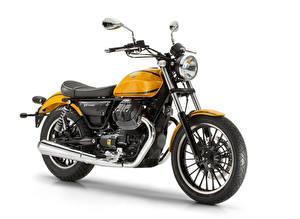 Фотография Белом фоне 2015-20 Moto Guzzi V9 Roamer мотоцикл