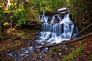 Фотографии Осенние Водопады Ручей