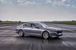 Фото BMW Седан Серые Металлик 7 series, G11/G12 машина