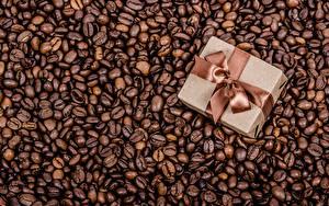 Фотография Кофе Зерно Коробка Подарки Бантик Продукты питания