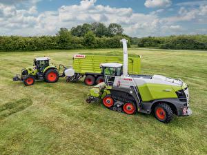 Обои Поля Сельскохозяйственная техника Тракторы Claas Axion 810, Claas Jaguar 960 Terra Trac