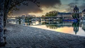 Картинки Франция Мост Реки Париже Набережная Quartier Louvre, Aurore sur le Pont des Arts Города