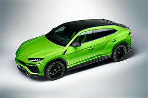 Фото Ламборгини Зеленый Металлик Кроссовер Urus Pearl Capsule 2020 Автомобили
