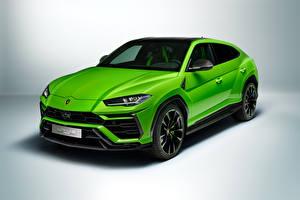 Фотография Lamborghini Зеленая Металлик CUV Urus Pearl Capsule 2020 Автомобили