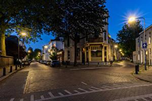 Обои Голландия Здания Вечер Улиц Уличные фонари Arnhem Города