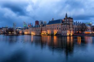 Обои Нидерланды Пруд Дома Вечер Отражение Hofvijver, Hague Города