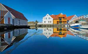 Фотография Норвегия Дома Вода Отражении Skudeneshavn, Rogaland Города