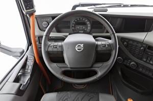 Фото Вольво Салоны Рулевое колесо FH 500 Globetrotter XL